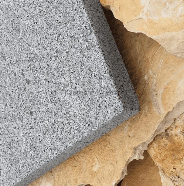 płytki granitowe płomieniowane